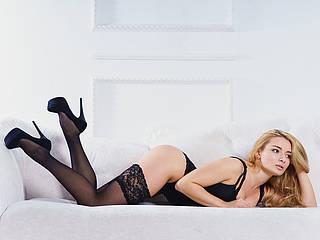 MelanieHart
