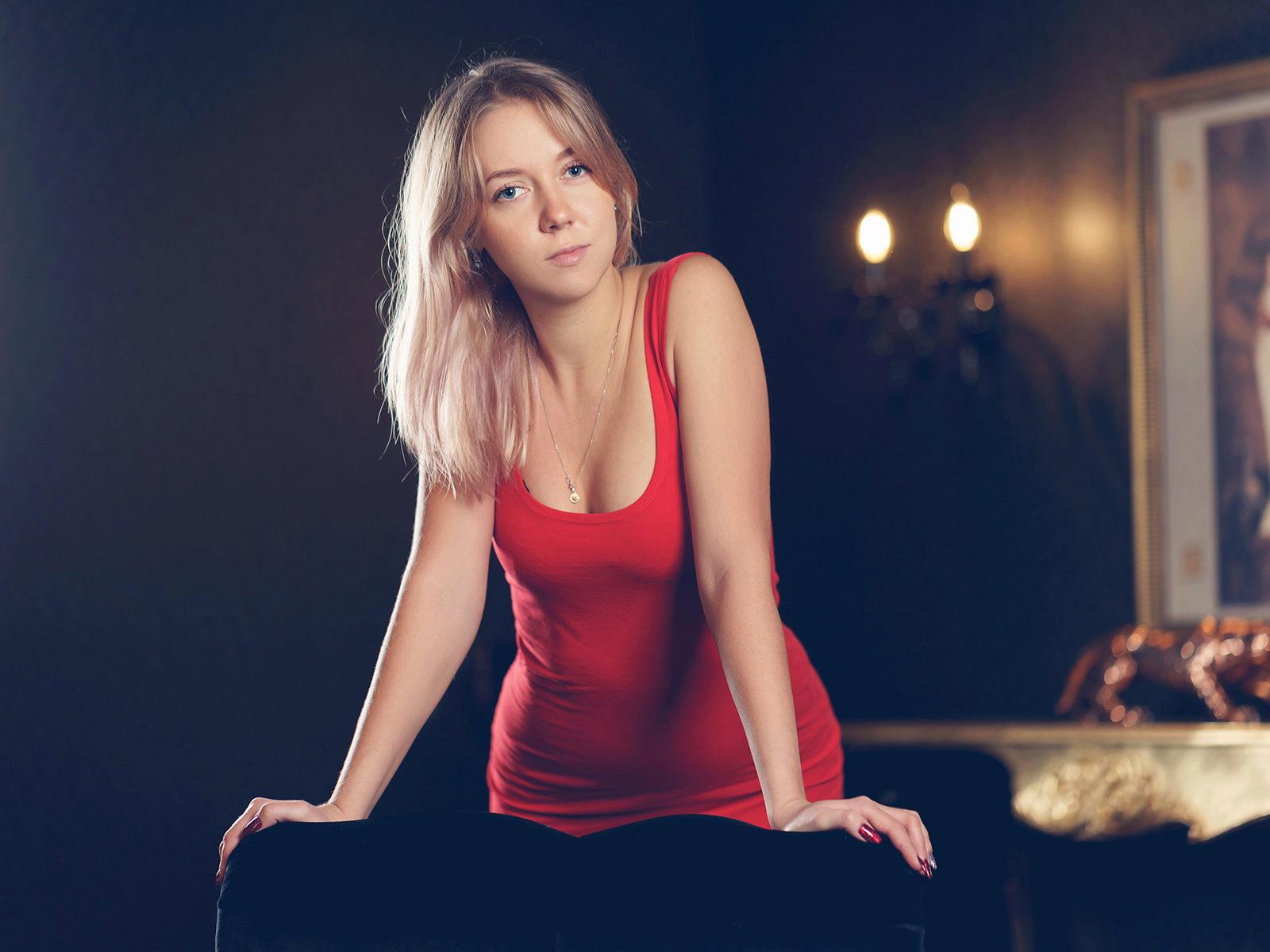Webcam model Sylvia Duff from WebPowerCam