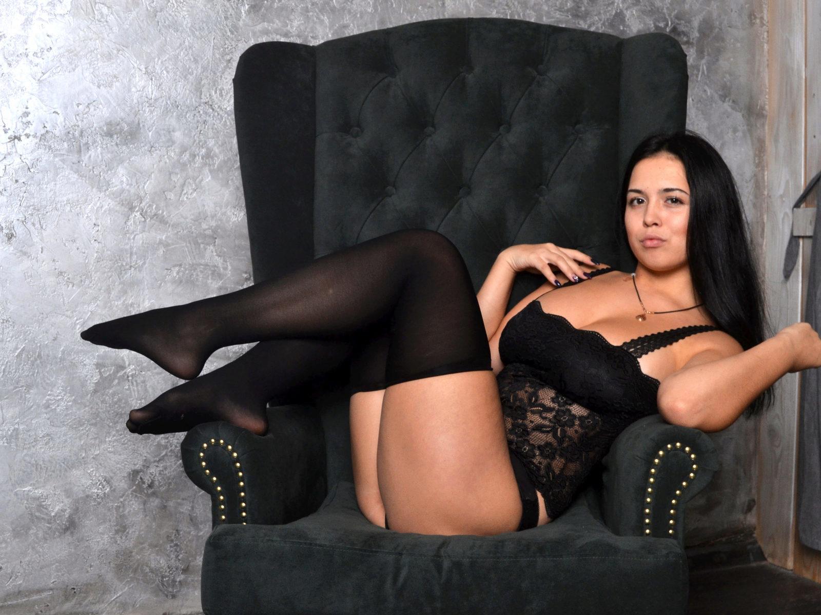 Webcam model Dominica Cook from WebPowerCam