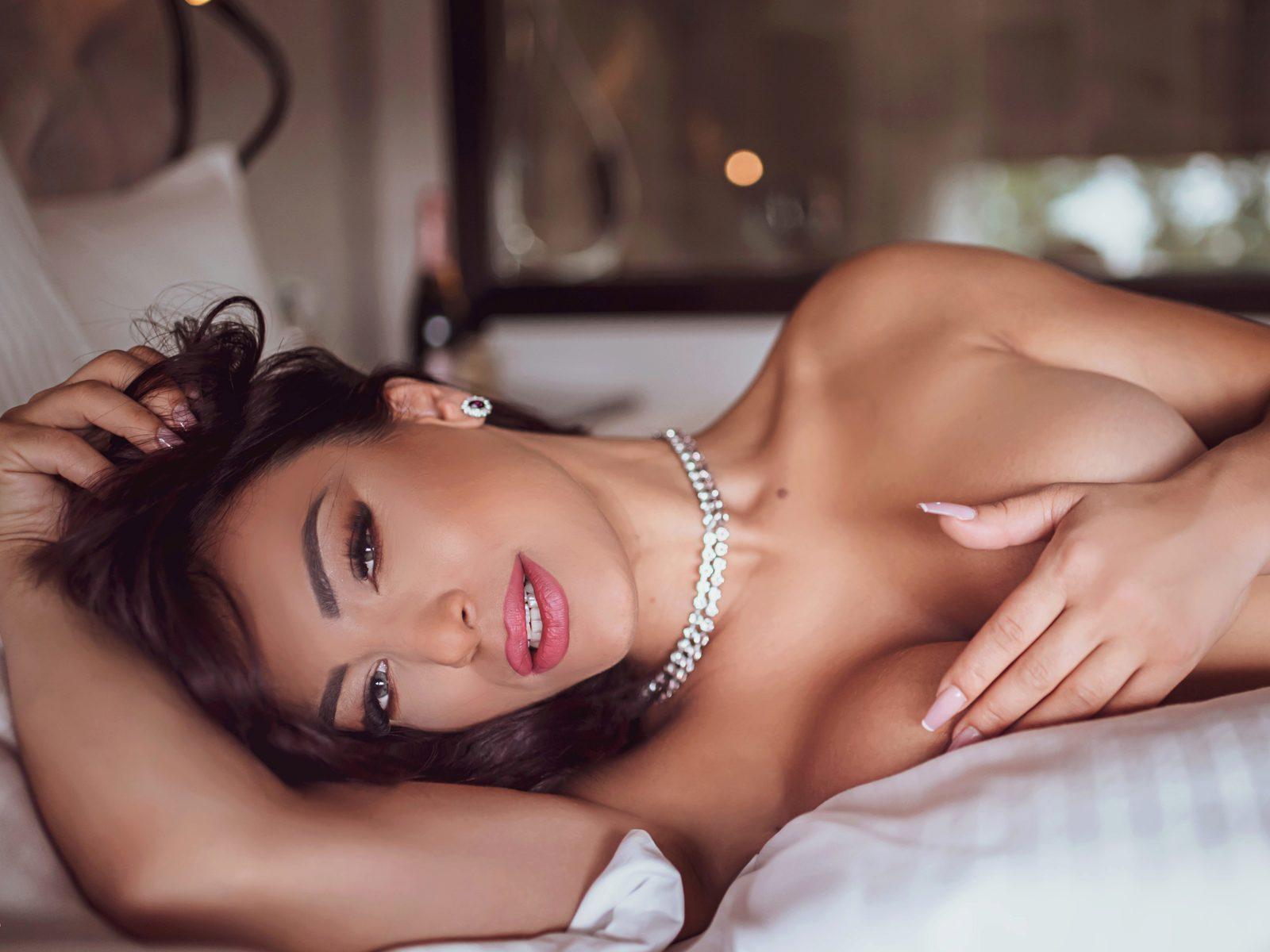 Adriana Pink low quality