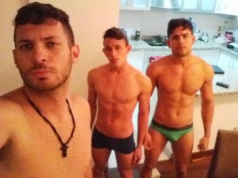 Juan & Max & Ace's Cam Sex Chat