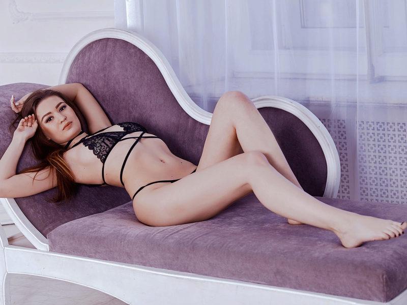 Miranda Davis's Free Webcam Chat