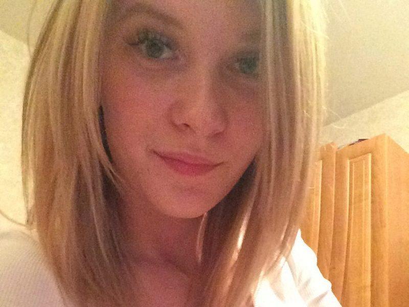 Webcam model Lovelyy Kate from WebPowerCam