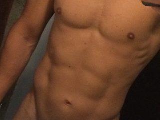 Sexy Photo of Aaron Skye