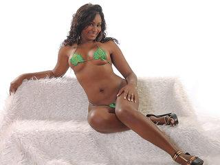Barbie Bennet Flirt4free.com