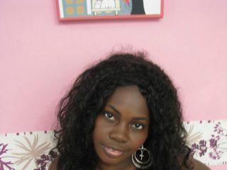 Danna_Black Live