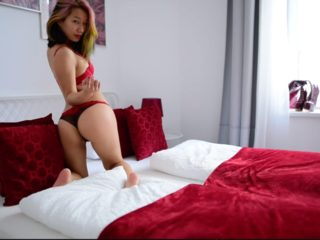 Webcam model Katelynn Koi from WebPowerCam