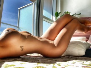 Webcam model Leila Lawrence from WebPowerCam