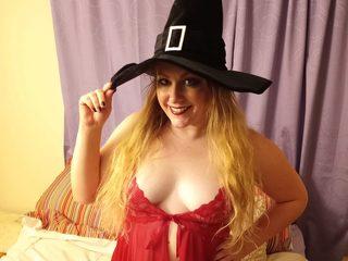 Webcam model Savannah Leigh from WebPowerCam (Flirt4Free)