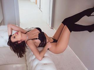Lara_Rosen Room