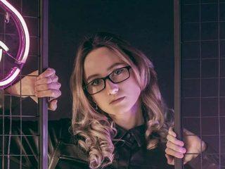 Molly_Ayrton Stream