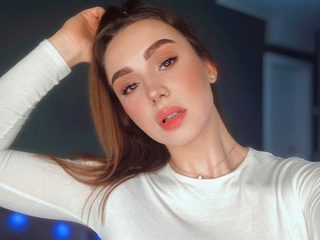 Webcam model Emily Madyson from WebPowerCam