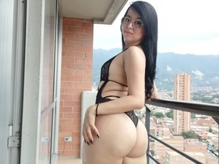 Amy_Roger Cam