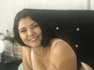 Mia_Villanueva Live