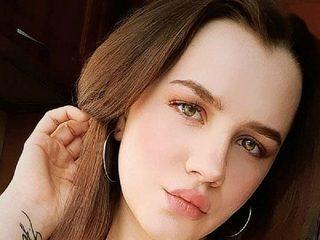 Pretty Sara Live