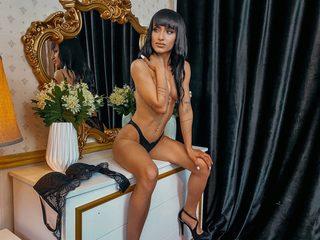 Giselle Dune image