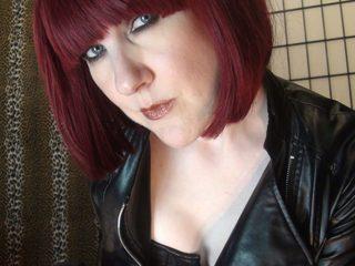 Mistress_Vivian Live