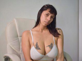 Lana Jones