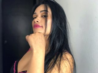 Samantha Aristizabal Live
