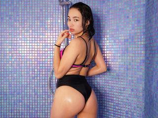 Laila T