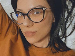 Karla Barton